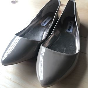Steve Madden Beige Patent Leather Flats 7.5